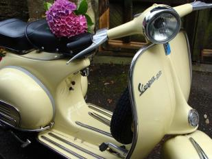 Vintage Cream Scooter for Hire