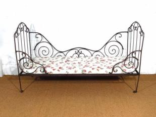 Rustic French Daybed for Hire