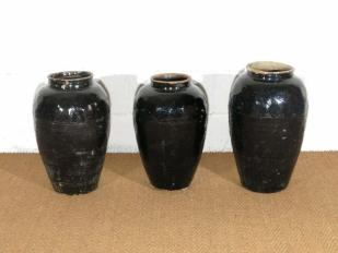 Antique Glazed Pots for Hire