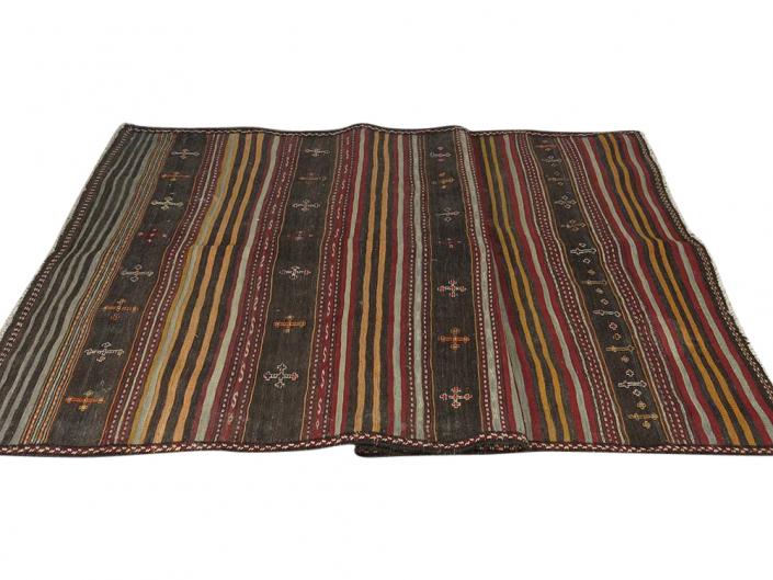 Woolen Rug for Hire