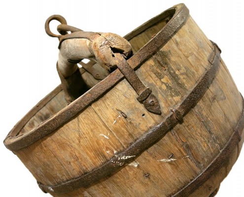 Vintage Wooden Buckets for Hire
