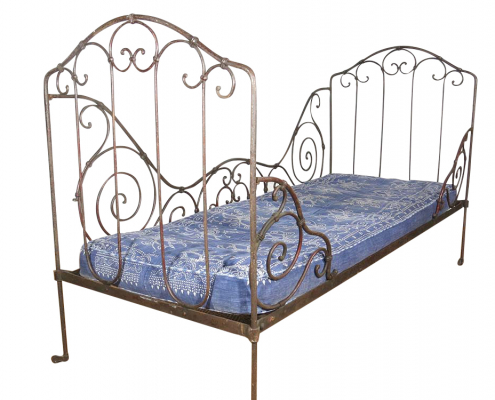 Vintage Daybed for hire prop, events