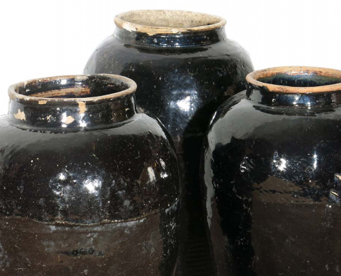 Antique Glazed Pots for Hire